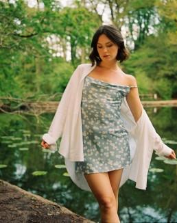 The DAPHNE petite floral mini dress